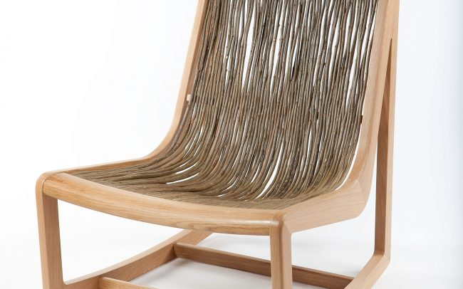 Easy Willow chair with timber frame