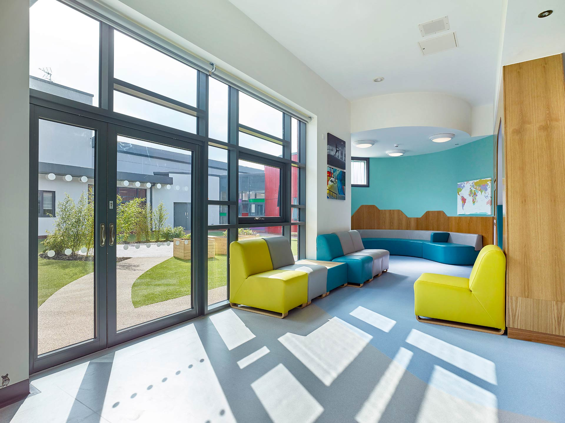 colours to inspire and promote rehabilitation for patients suffering with mental health