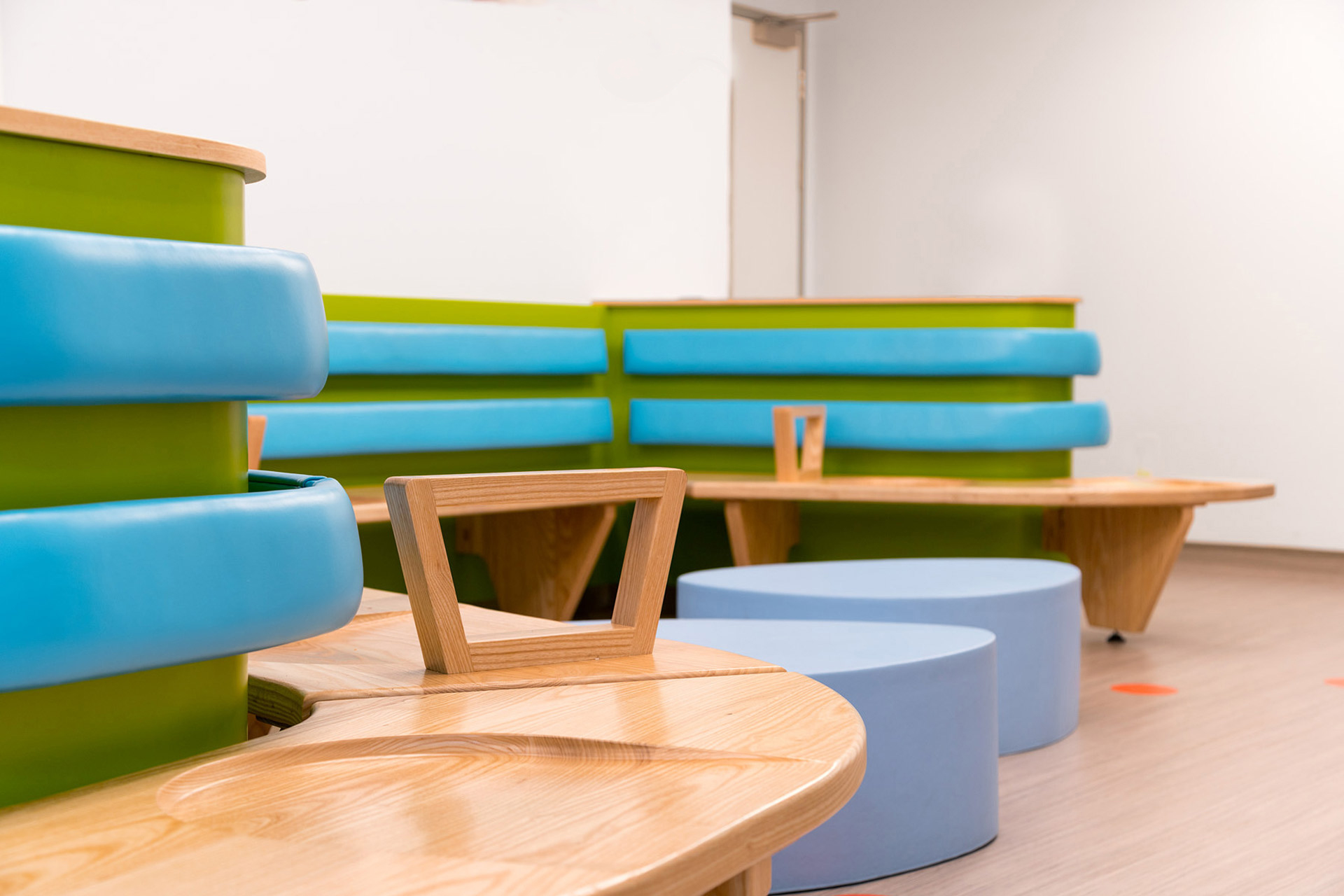 contour seating provides areas for individuals or groups to sit