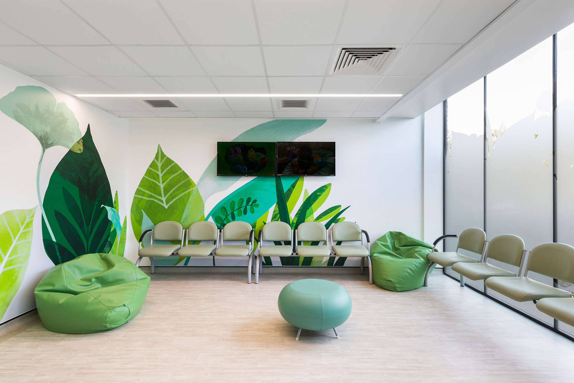 london hospital childrens waiting room interior